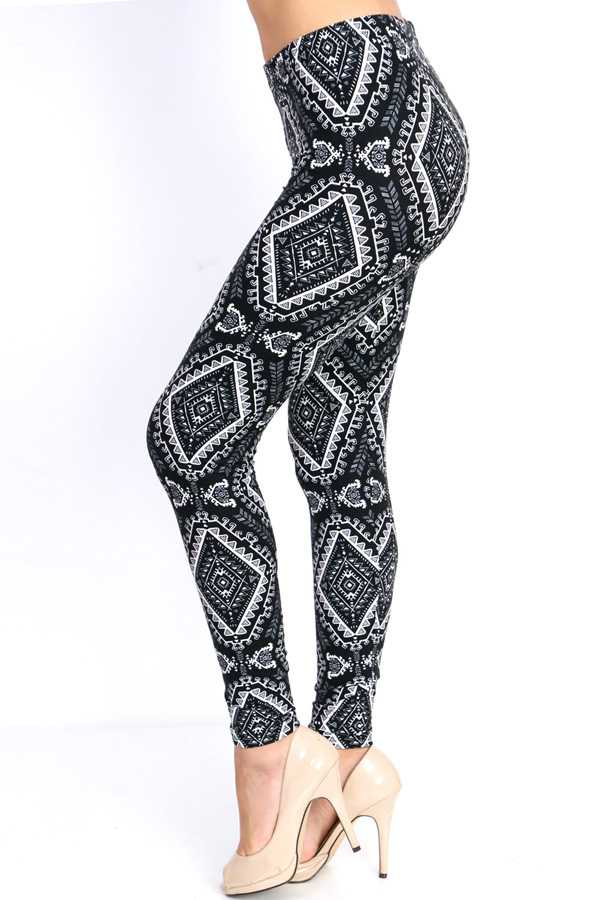 PLUS SIZE ETHNIC PRINT LEGGINGS