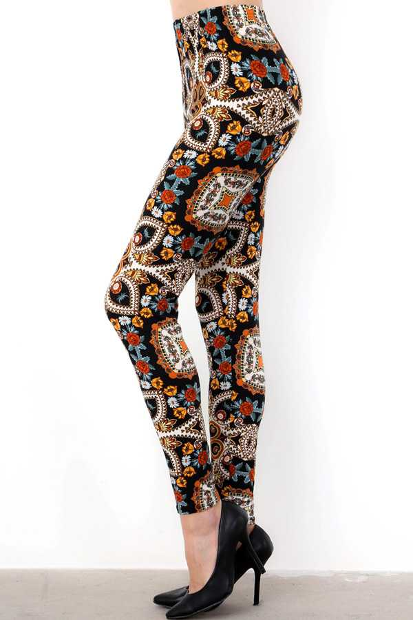 PLUS SIZE PAISLEY PRINT LEGGINGS