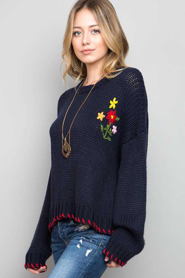 FLORAL EMBROIDERED STITCHED HEM SOLID SWEATER