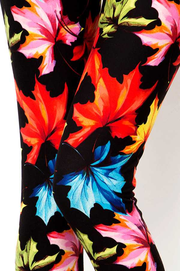MULTI-COLORED MAPLE PRINT LEGGINGS