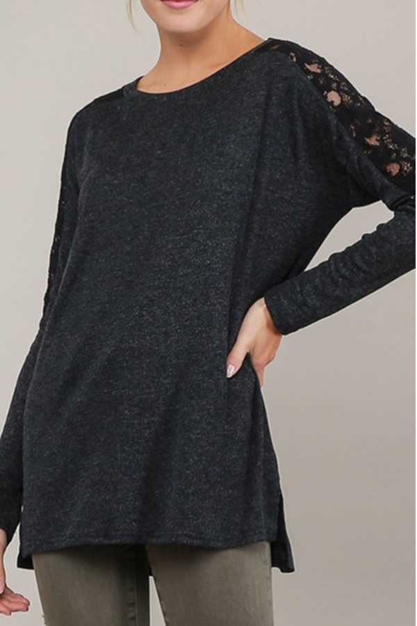 HEATHERED SOLID CONTRAST LACE TRIM SLEEVE TOP