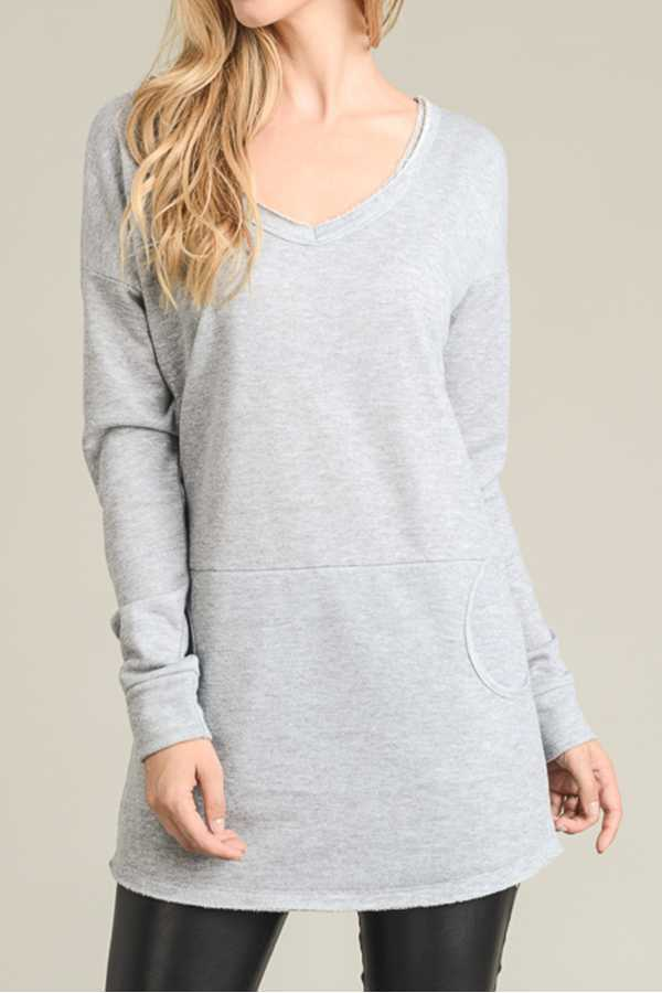 [PREORDER 12/04/17] SOLID V-NECK TUNIC TOP