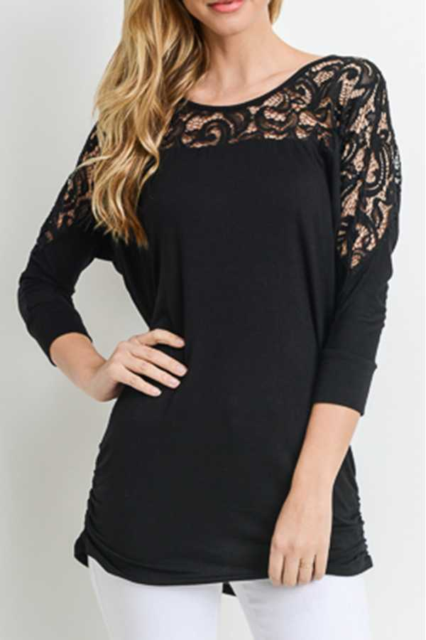 SOLID QUARTER SLEEVE TOP