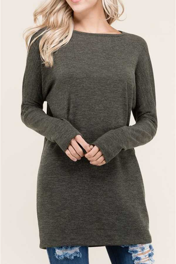 SOLID BOAT-NECK TUNIC TOP