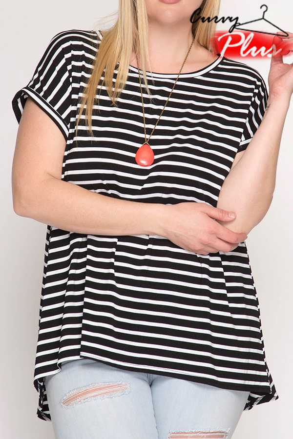 STRIPED PRINT SHORT-SLEEVE TOP
