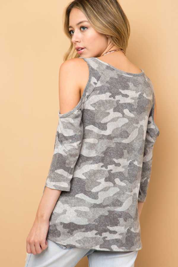 bcee6a56dc4f40 CAMOUFLAGE COLD SHOULDER TOP WITH FRONT KNOT DETAIL