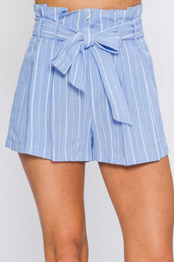 STRIPED PLEATED SHORT WITH WAIST TIE BELT
