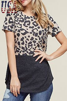 LEOPARD PRINT SHORT-SLEEVE TOP