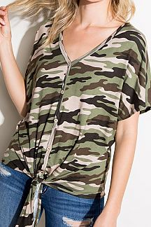 CAMO PRINT SHORT SLEEVE KNIT TOP