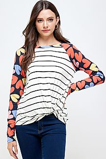 STRIPE & LOVE PRINT FRONT KNOT TOP