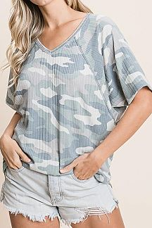 CAMO PRINT DOLMAN SLEEVE RIBBED KNIT TOP