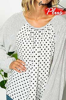 CONTRAST POLKA DOT PUFF SLEEVE WOVEN TOP