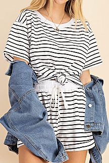 STRIPED SHORT SLEEVE TOP AND SHORT SET
