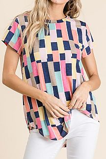 MULTI SQUARE PRINT SHORT SLEEVE KNIT TOP
