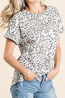 ANIMAL PRINT ROLL UP SHORT SLEEVE KNIT TOP