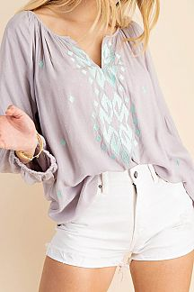 EMBROIDERED PASSANT BLOUSE TOP