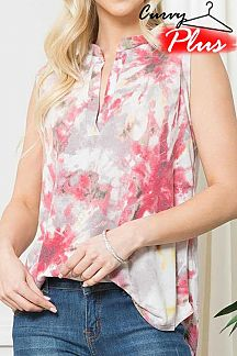 TIE DYE SPLIT NECK SLEEVELESS TOP