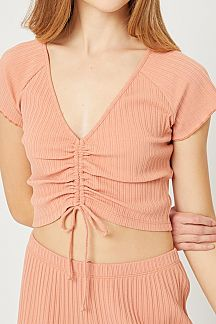 SOLID RUCHED FRONT CROPPED KNIT TOP