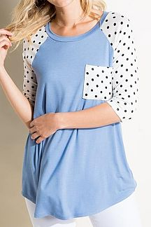 POLKA DOT ACCENT SOLID KNIT TOP