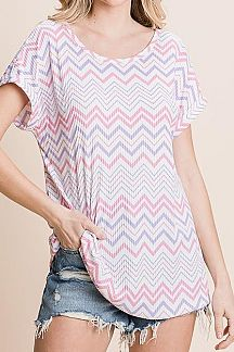 CHEVRON ZIGZAG PRINT SHOT SLEEVE TOP