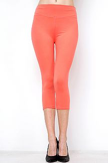 YOGA BAND SOLID CAPRI LEGGINGS
