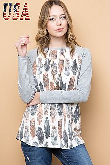 FEATHER PRINT CONTRAST SOLID RAGLAN SLEEVE TOP