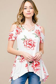 FLORAL PRINT CRISS-CROSSED TOP