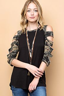 CAMOUFLAGE CUTOUT RAGLAN SLEEVE TOP