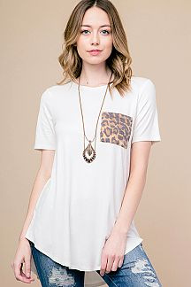 LEOPARD PRINT POCKET TOP