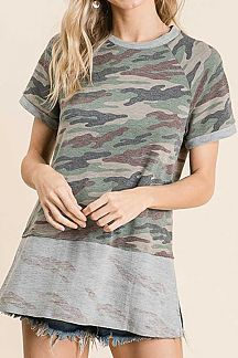 CAMO PRINT FRENCH TERRY SHORT SLEEVE TOP