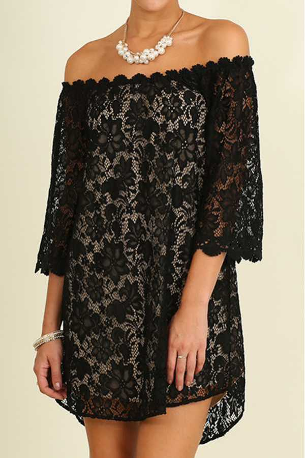 SOLID OFF-SHOULDER FLORAL LACE DRESS