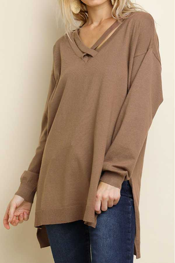 SOLID HIGH-LOW CROSSED SCOOP-NECK PULLOVER SWEATER TOP