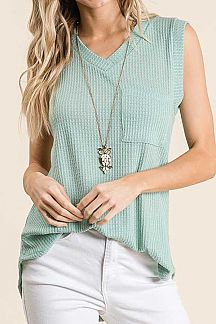 SOLID SLEEVELESS WAFFLE KNIT TOP