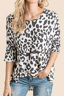 ANIMAL PRINT 3/4 SLEEVE KNIT TUNIC TOP