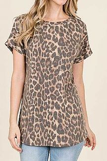 CHEETAH PRINT SHORT SLEEVE KNIT TOP