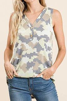 CAMO PRINT BUTTON FRONT TANK TOP