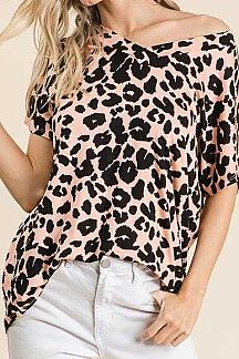 ANIMAL PRINT SHORT SLEEVE TUNIC TOP
