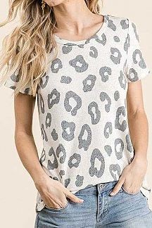 ANIMAL PRINT SHORT SLEEVE KNIT TOP