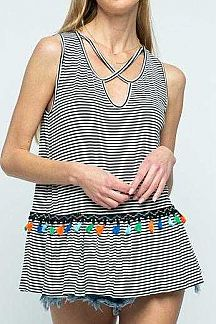 STRIPED SLEEVELESS COLORFUL POMPOM DETAIL KNIT TOP