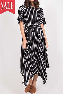 STRIPE PRINT ROUND NECK MAXI DRESS